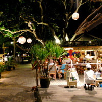 eating out in sanur