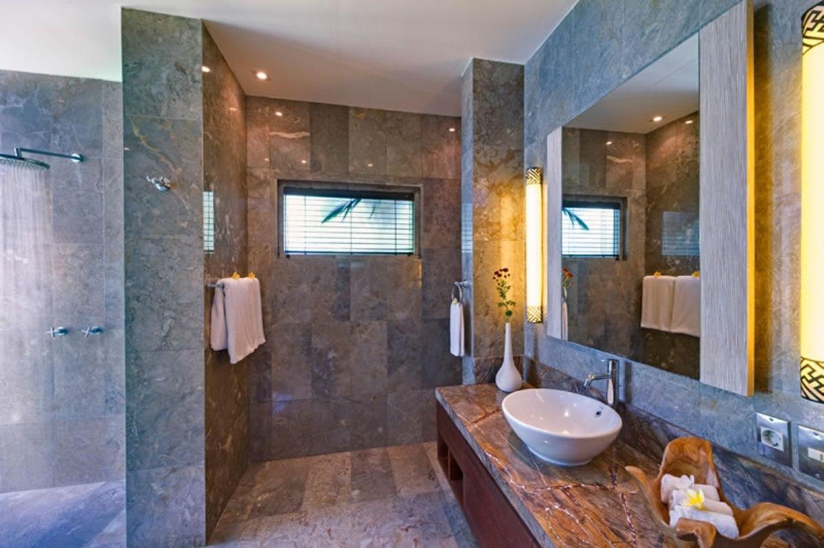 villa-jamalu-guest-bathroom