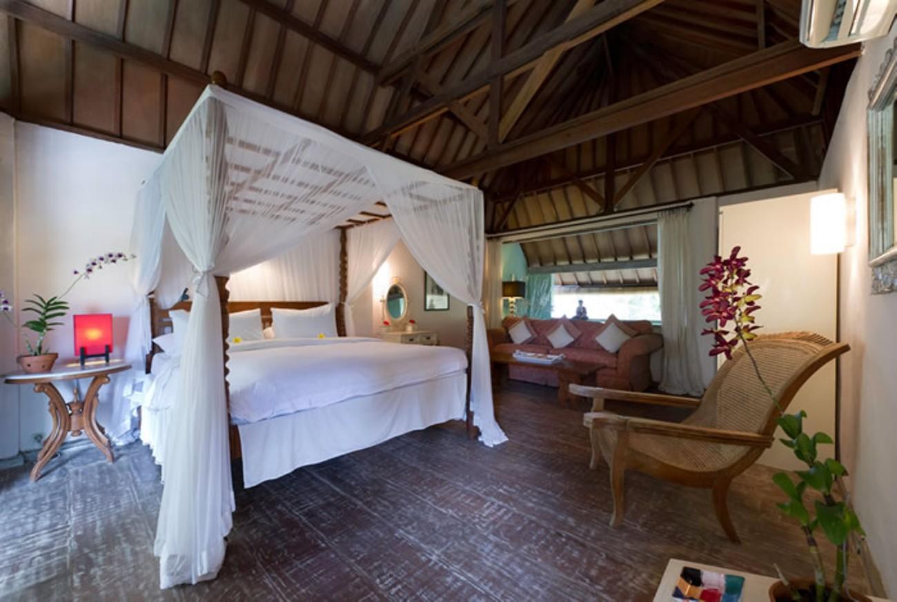villa-shamira-lumbung-bedroom