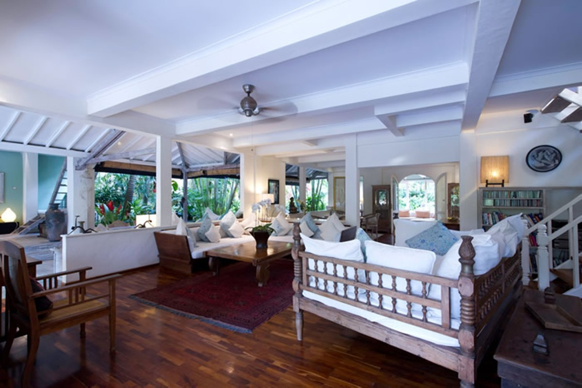 villa-shamira-tropical-living