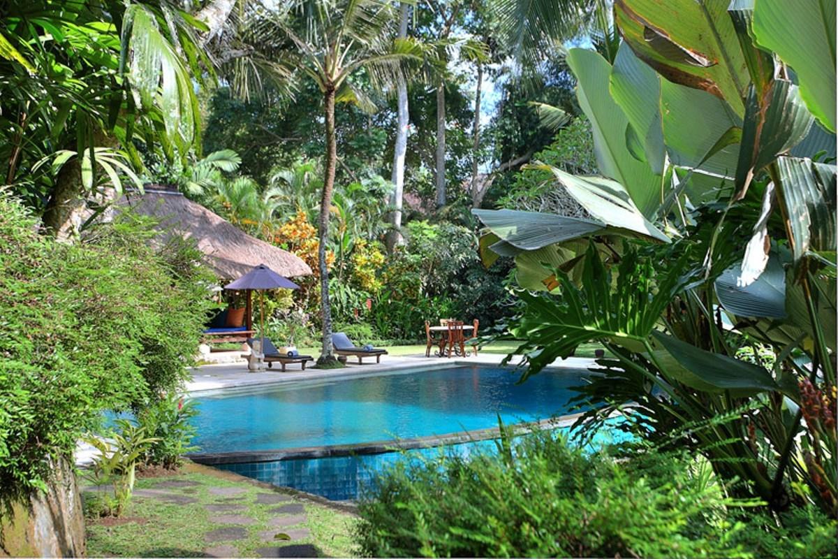 Hidden-pool-view