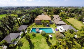 the-chalina-estate-the-villa-from-above