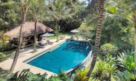 alamanda-overview-of-pool-area