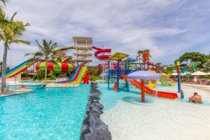 family-fun-at-splash-waterpark-bali-bali-kids-guide