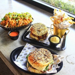 seminyak restaurants, seminyak bali, bossman burger